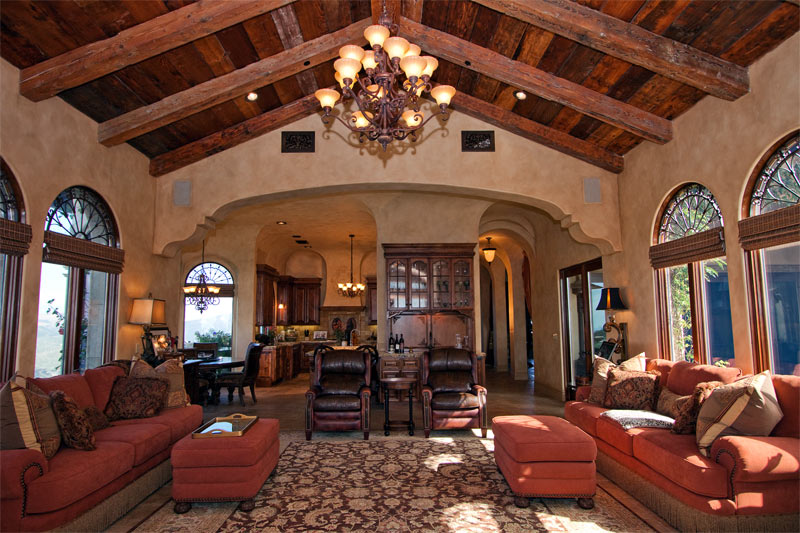 Tuscan Faux Finish Family Room